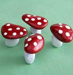 Nature-Inspired Crafts for Kids - Kids Crafts and Activities - Rock Mushrooms – Wouldn't these look cute in your fairy garden? My Fairy Garden, Garden Art, Fairies Garden, Gnome Garden, Fairy Gardening, Garden Design, Kitchen Gardening, Succulent Gardening, Gardening Quotes