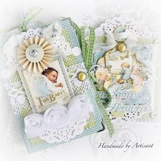 Hello everybody, My dear friend is expecting a little baby boy and I've made her family a sweet, shabby baby album with the . Baby Album, Graphic 45, Little Darlings, Baby Cards, Beautiful Children, Dear Friend, Little Babies, Mini Albums, Shabby Chic