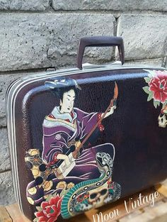 Revamped 1964 Samsonite Silhouette Suitcase-Zen Japanese Geisha - http://oleantravel.com/revamped-1964-samsonite-silhouette-suitcase-zen-japanese-geisha