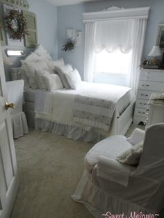 Shabby chic/cottage decor (my shabby shack)