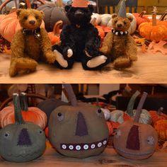 Peggy Fleming, Halloween Pictures, Plum, Primitive, Lanterns, Bears, Friday, Teddy Bear, Street