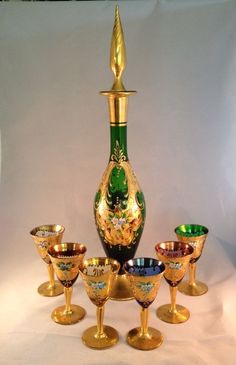 Vintage Decanter and Shot Glasses w/ raised Enamel Gold Leaf Designs Wine Making Process, Carafe, Vintage Wine, Vintage Cups, Crystal Glassware, Wine And Liquor, Fenton Glass, Wine Gifts, Carnival Glass
