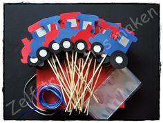 ♥ Traktatiepakket Traktor ♥ Inhoud: 25 traktatieprikkers 25 cellofaanzakjes 25 x 25 cm krullint Piepschuimblok om de traktaties in te steken.
