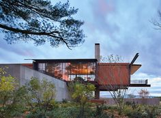 Berkshire Residence, New Marlborough, Massachusetts (2014): Photo by Benjamin Benschneider In decades as a principal of the Seattle-based firm Olson Kundig, architect Tom Kundig has earned a reputation for...