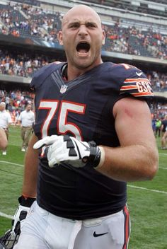 Kyle Long, son of the great Howie Long - Chicago Bears