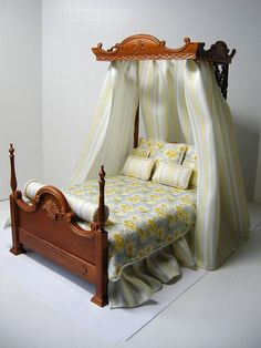 Shabby Chic Tester Bed | Flickr - Photo Sharing!