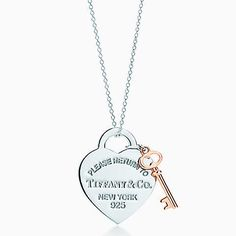 Return to Tiffany™ – Herzschlüsselanhänger, Silber und RUBEDO™-Metall, Medium.