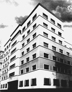 """Palazzo per uffici """"Gualino"""", Gino Levi Montalcini, Giuseppe Pagano Pogatschnig. Rationalism, Stone Cladding, Famous Architects, Reinforced Concrete, Architectural Features, Flat Roof, Urban Planning, Turin, Modern Architecture"""