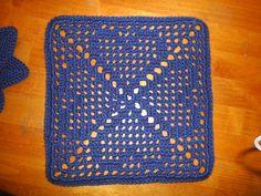 Granny's Heart Filet Motif ~ free pattern