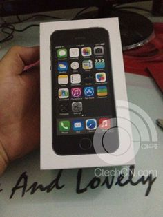 iPhone 5S Use 'Silver Ring' In Home Button, For Fingerprint Sensor?  Read more: http://twitteling.com#ixzz2eMOSY9dQ