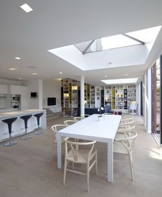 Huge space with a kitchen extension, open space, dinning area and living room. #kitchenextension #rooflight