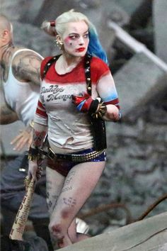 More Set Photos of Joker & Harley Quinn from Suicide Squad Surface