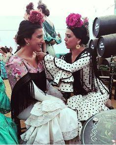 Mole, Beauty, Clothes, Dresses, Fashion, Andalusia, Flamenco Dresses, Fringes, Tall Clothing