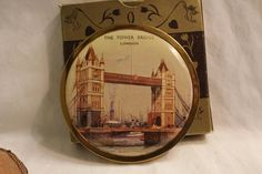 Melissa, Tower of London, powder compact, Made in England, Souvenir, Original box and sleeve, Powder puff and sifter