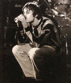(33) liam gallagher | Tumblr Gene Gallagher, Lennon Gallagher, Liam Gallagher Oasis, Indie Men, Oasis Music, Liam And Noel, Oasis Band, People Of Interest, Britpop