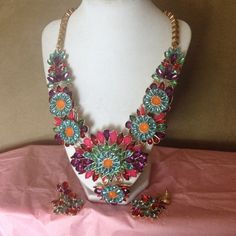 Charming Charlie's Necklace Set This is a fabulous Statement piece   set. Very high fashion mixture is colors stand out allowing you to wear this with any base color.    Wear dresses up or jeans and t shirt. Bonny worn once. Charming Charlie Jewelry Necklaces