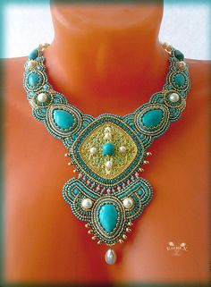 Elena Hmelevskaya is russian beadwork artist. She makes beautiful jewelry in different beading techniques.
