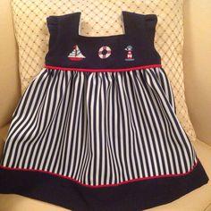 Otro vestido marinero Con bordados en punto cruz
