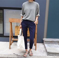 Oversized grey shirt + navy pants + Birkenstocks