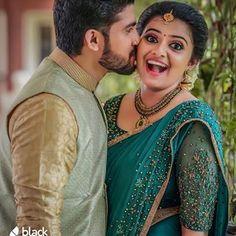 🇫 🇴 🇱 🇱 🇴 🇼 🔥 👉 🇫 🇴 🇱 🇱 🇴 🇼 🔥 👉 🇫 🇴 🇱 🇱 🇴 🇼 🔥 👉 PLiz shere /Like/ tag 👆👆👆👆👆👆👆👆👆 .PLiz shere /Like/ tag . Indian Wedding Couple Photography, Wedding Couple Poses Photography, Couple Photoshoot Poses, Couple Posing, Photography Styles, Saree Photoshoot, Pre Wedding Poses, Pre Wedding Photoshoot, Wedding Couples