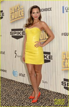 Jessica is wearing an Atelier Versace dress, Celine shoes, and Jacquie Aiche jewelry.