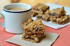 Apple Butter-Cinnamon Bars with Oatmeal Crumble