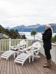 HOME AND GARDEN: Ambiance scandinave au bord de l'eau