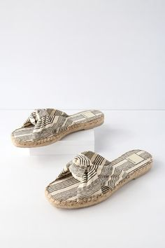 Benicia Natural and Black Espadrille Slide Sandals 3 Top Casual, Casual Shoes, Fall Shoes, Summer Shoes, Cute Slippers, Black Espadrilles, Slide Sandals, Comfortable Shoes, Girls Shoes