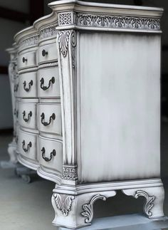 This beautiful 12 drawer dresser and mirror set is finished and available! It's finished in a very pale grey with black White Painted Furniture, Chalk Paint Furniture, Refurbished Furniture, Furniture Makeover, Decoupage Furniture, Furniture Refinishing, Repurposed Furniture, Accent Furniture, Furniture Making