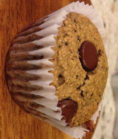 banana-oatmeal-gluten-free-chocolate-chip-muffins-easy-healthy-breakfast-kid-friendly-snack-recipe