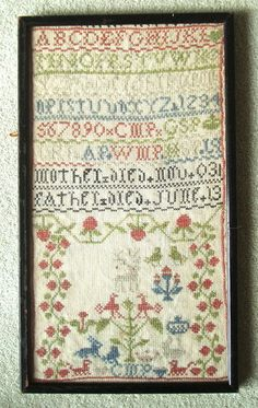 SMALL ANTIQUE COMMEMORATIVE BAND SAMPLER c1830