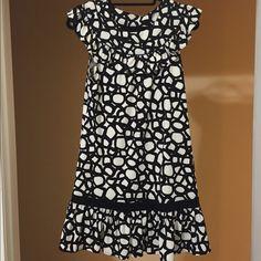 BCBG Black & White Circle Print Drop Waist Dress Beautiful drop waist circle print - polka dot print dress. With drop waist. This dress is a size XS but fits like a Small BCBGMaxAzria Dresses Mini