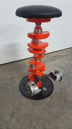 Crankshaft and Piston Stool - Hobbyraum - Car Part Furniture, Automotive Furniture, Automotive Decor, Metal Furniture, Industrial Furniture, Handmade Furniture, Man Cave Furniture, Garage Furniture, Furniture Ideas