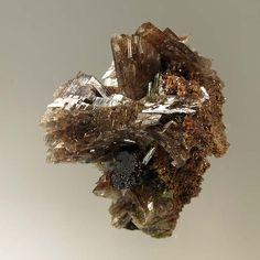 Axinite-(Mn), Epidote, Canta, Canta Province, Lima, Peru. Size 6.8 x 6.1 x 4.9 cm