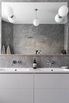 34 kvadrat inredningsblogg – Metro Mode - Sida 2 Modern Laundry Rooms, Modern Master Bathroom, Laundry In Bathroom, Bathroom Inspo, Bathroom Inspiration, Bad Inspiration, Interior Concept, Laundry Room Organization, Bathroom Interior Design
