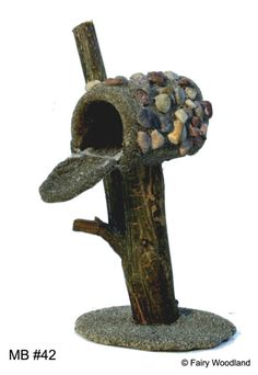 1000 images about fairy house on pinterest fairy houses for Little fairy mailbox
