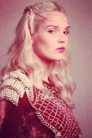 La Légende du Roi Arthur  Camille Lou est la Reine Guenièvre