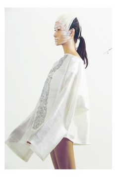 Extraordinary clothing by Pella at Melange