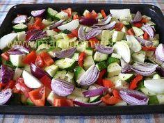 Cuketa po řecku Caprese Salad, Fruit Salad, Tofu, Potato Salad, Potatoes, Ethnic Recipes, Fruit Salads, Potato, Insalata Caprese