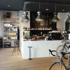 Alley Cat, bikes&coffee, Maastricht #coffeeshopinteriors