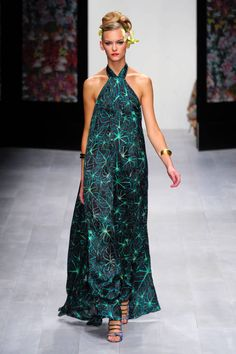 ISSA SPRING 2013 READY-TO-WEAR