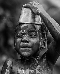 Afrikanische Kinder Art Photography: Afrikanische Kinder & & The post Afrikanische Kinder appeared first on Mered Homepage. Face Photography, Children Photography, Photography Portraits, People Photography, Pencil Portrait, Portrait Art, Black And White Portraits, Black And White Photography, Theme Tattoo