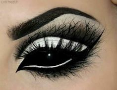 """hanaharoo: """" inlovewiththeworldd: """" losethehours: """" doitsuyourlordandsavior: """" sixpenceee: """" A compilation of halloween themed eye make-up. I'll be posting halloween themed content all month! """" How does one do this """" Stunning work! """" Makeup is fine. Yeux Halloween, Halloween Contacts, Halloween Eye Makeup, Halloween Ideas, Scary Halloween, Halloween Halloween, Asylum Halloween, Pretty Halloween, Halloween Design"""
