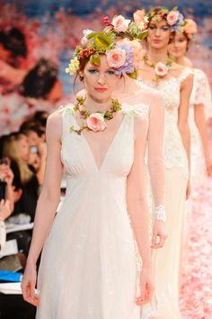 Diademas de flores - TELVA #ClairePettibones #Novias