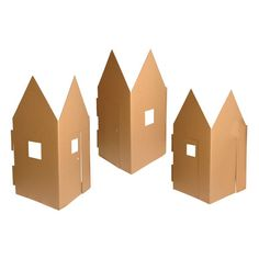 The six panel pack can be used as a row of beach huts or houses or formed into a square. Panels slot together and additional modules can be added as required.