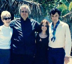 Elvis, Priscilla with Lamar Fike (bodyguard) and his wife in Hawaii.