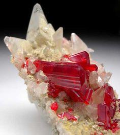 Realgar with Calcite from Shimen Realgar Mine, Hunan, China [db_pics/pics/a903b.jpg]