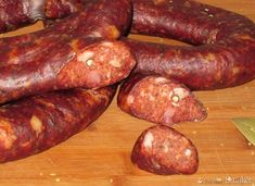 Homemade Sausage Recipes, Polish Recipes, Polish Food, Portuguese Recipes, Portuguese Food, Kielbasa, Smoker Recipes, Smoking Meat, Grilling