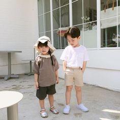 Zhang Xiamei and Zhang Chenle Cute Asian Babies, Korean Babies, Asian Kids, Cute Babies, Cute Family, Baby Family, Cute Baby Pictures, Baby Photos, Beautiful Children