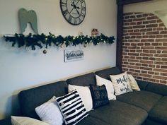 Throw Pillows, Bed, Home Decor, Cushions, Homemade Home Decor, Stream Bed, Beds, Decoration Home, Decorative Pillows